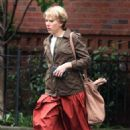 Scarlett Johansson – Filming 'Untitled Noah Baumbach Project' in Park Slope - 454 x 704