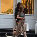 Emily Ratajkowski – Shopping with dogs in Soho