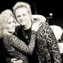 Joey & Linda - 454 x 302