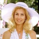 The Stepford Wives - Faith Hill - 400 x 300