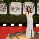 Emilia Clatke At The 71st Golden Globe Awards (2014)