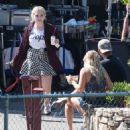 Abigail Breslin – On the Set of 'Scream Queens' in Los Angeles 9/1/2016 - 454 x 517