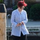 Sharon and Aimee Osbourne out in Venice - 454 x 709