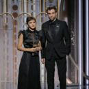 Emma Watson and Robert Pattinson - 75th Annual Golden Globe Awards - Show - 400 x 600