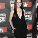 Julianne Moore - 16 Annual Critics' Choice Movie Awards arrival & show - January 14, 2011