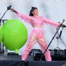Charli XCX – Performs at Taylor Swift's 'Reputation' Tour in London - 454 x 357