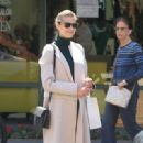 Jaime King takes a shopping trip on September 3, 2015 - 454 x 319