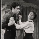 Carnival Original 1961 Broadway Cast Starring Jerry Orbach & Anna Maria Alberghetti - 454 x 557