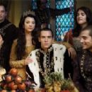 The Tudors (2007) - 454 x 311