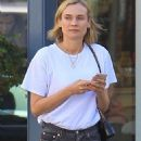 Diane Kruger in Jeans – Out in Beverly Hills - 454 x 681