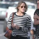 Robin Wright – Walk with her friends in West Hollywood - 454 x 581