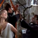 Jane Seymour Live And Let Die - 454 x 283