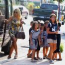 Kate Gosselin: Back-to-School Haircuts with the Brood!