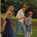 Robert Redford Photoplay Magazine Pictorial September 1974