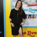 Holly Marie Combs- Premiere of EuropaCorp's 'Nine Lives' - Arrivals - 454 x 668