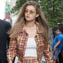Gigi Hadid – Out and about in New York City - 454 x 647