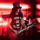 Slash performs 2020-03-14 #GunsNRoses Mexico City - Mexique