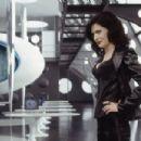 Lara Flynn Boyle in Columbia's Men in Black II - 2002 - 454 x 302