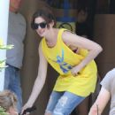 Anne Hathaway On The Set Of The Intern In New York City
