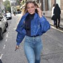 Louisa Johnson in Tight Jeans – Arriving at AOL BUILD in London - 454 x 759