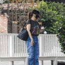 Idina Menzel – In loose jeans seen at Sweet Rose Creamery in Brentwood - 454 x 567