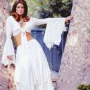 Priscilla Presley - 454 x 571