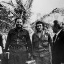 Fidel Castro and Ernesto 'Che' Guevara - 454 x 581