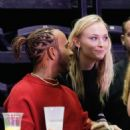 Sophie Turner – Watching the Jonas Brothers Concert in Paris