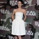 Jessica Pare – 'SEAL Team' Premiere in Los Angeles - 454 x 666