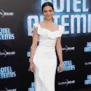 Jenny Slate – 'Hotel Artemis' Premiere in Los Angeles
