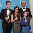 Tom Hanks, Holly Hunter, Tommy Lee Jones and Anna Paquin At The 66th Annual Academy Awards (1994) - Press Room - 454 x 454