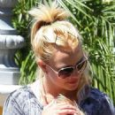 """Britney Spears Breaks Out Her """"Engagement"""" Ring"""