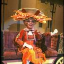 Hello Dolly 1994 Broadway Revivel Starring Carol Channing - 454 x 682