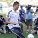 Cristiano Ronaldo throwing out the first pitch at Dodger Stadium (July 31)