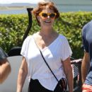 Susan Sarandon at the Kennedy family compound in Hyannisport - 454 x 681