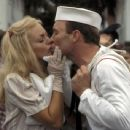 Goldie Hawn and Ed Harris