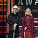 Carrie Underwood – 51st Annual CMA Awards in Nashville - 454 x 681