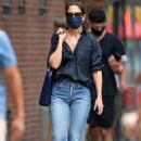 Katie Holmes – In denim headed Into Vito Schnabel's West Village house and studio in New York