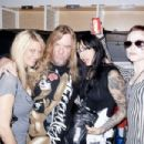 Jeff and Kathryn Hanneman with friends