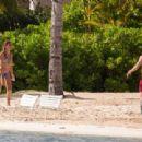 Lionel Messi and Antonella Roccuzzo in Antigua 07/04/2017 - 454 x 311