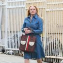 Elisabeth Moss – Filming 'The Kitchen' in New York - 454 x 644