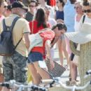 Charlotte Casiraghi – Shopping on the market in Cap-Ferret - 454 x 311