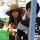 Roselyn Sanchez – Shopping at the Farmer's Market in Studio City
