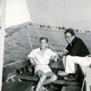 Lauren Bacall & Humphrey Bogart - 454 x 496