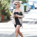 Elsa Pataky Shopping In Beverly Hills