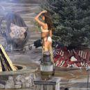 Lais Ribeiro Shooting a commercial for Victoria Secret's upcoming holiday catalog in Aspen - 454 x 427