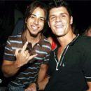 Junior Lima e Felipe Solari - 270 x 270