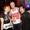 Hayley Williams and Chad Gilbert - 454 x 311