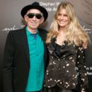 Keith Richards attends the 2018 Stephan Weiss Apple Awards at Stephan Weiss Studio on October 24, 2018 in New York City - 400 x 600