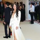 Katie Lee – 2018 MET Costume Institute Gala in NYC - 454 x 621